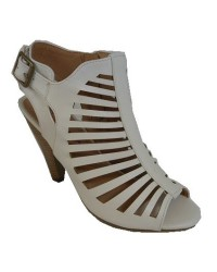 WHITE LADIES SANDALS